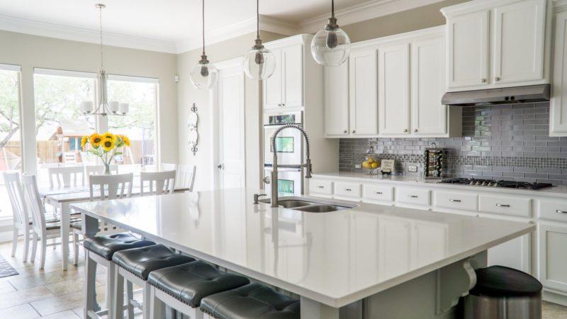 11 Kitchen Wall Decor Ideas