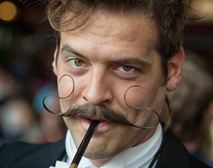 how to grow a handlebar mustache
