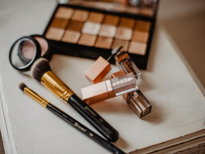 Types Of Makeup Products & Their Usage