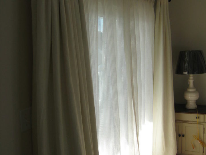 Soundproof Curtains: How To Choose The Best