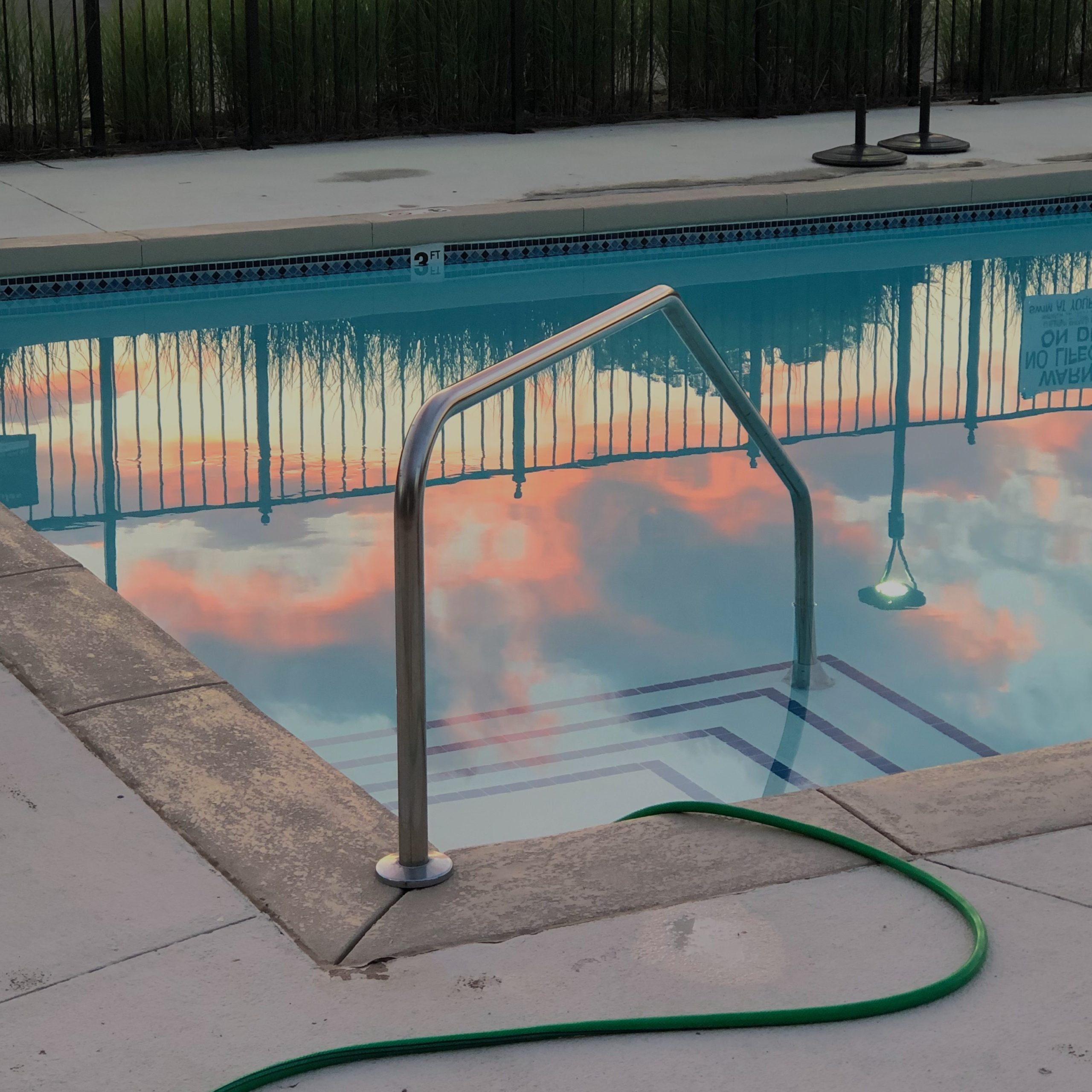 Tips to vacuum a pool