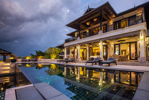 Top 10 most beautiful houses in the world 2021